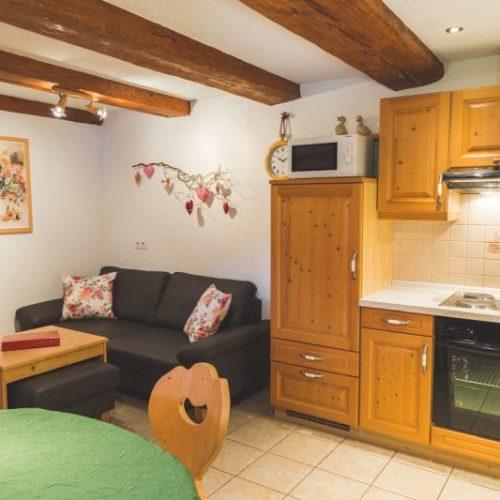 """Küche der Ferienwohnung """"Reh"""" – Unterhöfenhof"""