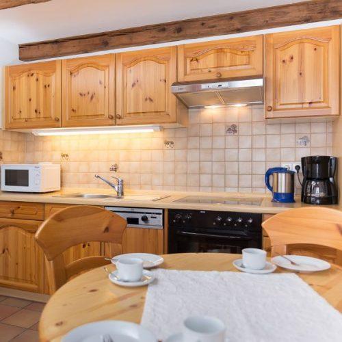 """Küche der Ferienwohnung """"Dachs"""" – Unterhöfenhof"""