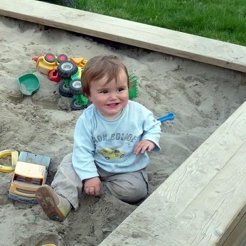 Sandkasten beim Unterhöfenhof - Ferienwohnungen Schwarzwald Titisee Jostal