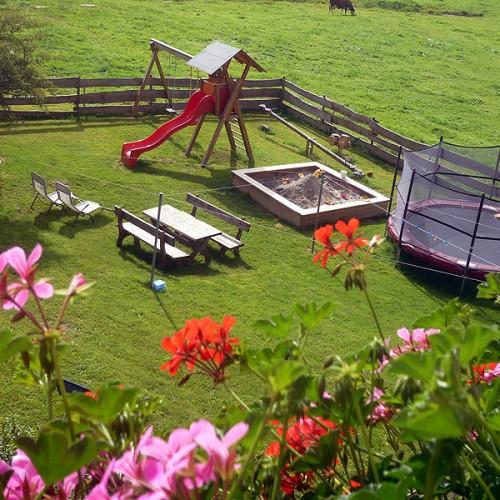 Spielplatz auf dem Unterhöfenhof - Ferienwohnungen Schwarzwald Titisee Jostal